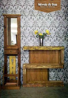 Ambiente decorado com móveis e objetos de decoração feitos em madeira de demolição - http://moveisdobem.com