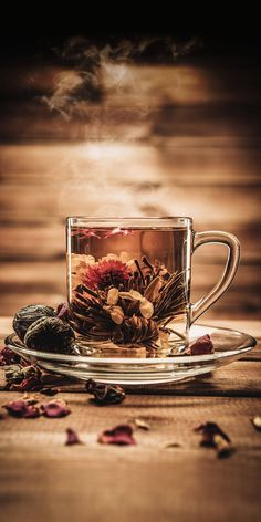 Perfect cup of bedtime tea,full of spices and fragrance. Pause Café, Flower Tea, Kakao, Coffee Love, High Tea, Drinking Tea, Afternoon Tea, Hot Chocolate, Tea Time