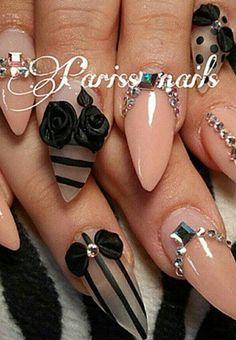 Striped nude nails nailart design