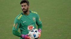 Após 1 ano, Alisson iguala marca de goleiros de Copa (Pedro Martins/MoWA Press)