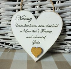 Mom / Mum / Grandma Gift Heart of Gold Grandma by OurPrettyHouse Mothers Day Signs, Diy Mothers Day Gifts, Grandma Gifts, Diy Gifts, Handmade Gifts, Nanny Gifts, Hobbies And Crafts, Crafts To Sell, Painted Wooden Signs