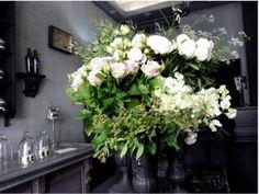 odorantes florist flower shop paris vase of peonies and roses