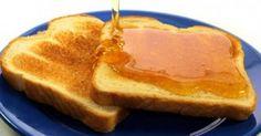 Αυτός είναι ο λόγος που πρέπει να αλείφετε μέλι και κανέλα στο ψωμί στο πρωινό σας!