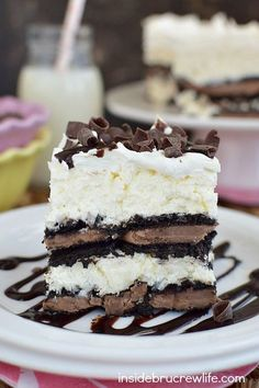 Layers of Oreo cookies and coconut cheesecake make this such a delicious no bake cake to serve for dessert!