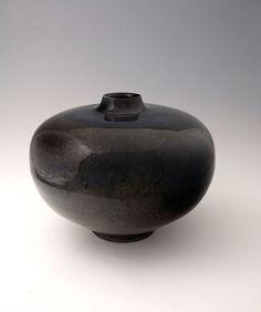 Brother Thomas, Large heart-shaped vase, tenmoku glaze with iron blue, porcelain, x 15 x Porcelain Ceramics, Ceramic Pottery, Ceramic Art, Sculpture Art, Sculptures, Ceramic Texture, Contemporary Ceramics, Earthenware, Pots