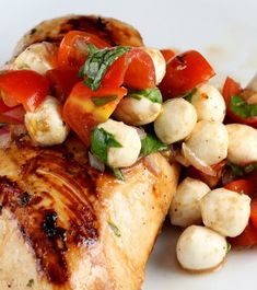 Caprese Chicken #chicken #dinner #recipe