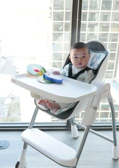 Oribel Cocoon High Chair is by far the most complete high chair around! It's stylish, beautiful, it's thoughtfully-designed, easy to clean, storable, easy to assemble, it's got wheels, you name it! And most importantly, your baby loves it, and you love it too!