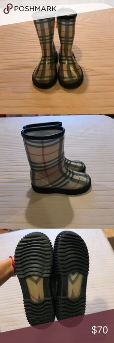 Burberry rain boots sz 11/12 unisex Burberry rain boots sz 11/12 unisex. Please see pictures, good condition, left boot has minor chipping on top. Burberry Shoes Rain & Snow Boots