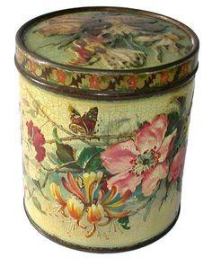 Gray Dunn, 'Honeysuckle and Roses' c1890 ( de la pagina de facebook: The Storybook Of Dreams & Beauty)