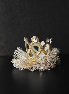 Hello Alyss Jewel Princess Crown Hair Clip - Gold
