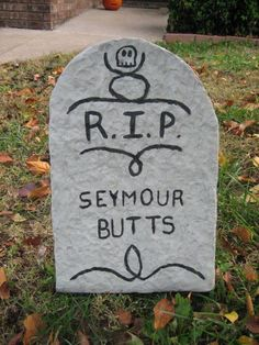 Halloween Tombstone Lawn Decoration the texture of these are very close to real think I would use foam core though Halloween Graveyard, Halloween Tombstones, Holidays Halloween, Halloween Crafts, Halloween Ideas, Halloween Party, Halloween 2020, Halloween Rocks, Halloween Halloween