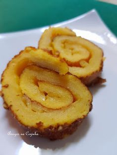 Good Food, Yummy Food, Portuguese Recipes, Portuguese Food, Food Goals, Onion Rings, Desert Recipes, Waffles, Sweet Tooth