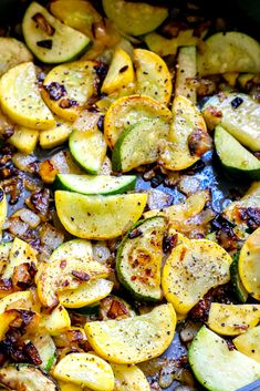 Roasted Zucchini And Squash, Baked Squash And Zucchini Recipes, Zucchini Side Dishes, Yellow Squash Recipes, Summer Squash Recipes, Zuchinni Recipes, Zucchini Noodle Recipes, Zuchinni Bake, Zucchini Fries