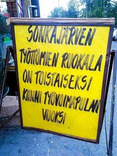 Upotettu kuva The Office, Finland, Funny Pictures, Words, Memes, Fanny Pics, Funny Pics, Animal Jokes, Funny Images