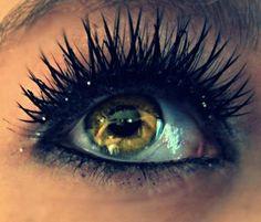 Such pretty and unique lashes #lashbeauty