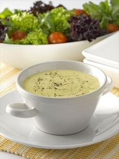 Accompany your preparations with this recipe of Yoghurt Sauce with Mustard and Honey that you can pr Sauce Recipes, Great Recipes, Tapas, My Favorite Food, Favorite Recipes, Sauces, Dehydrated Food, Salad Dressing Recipes, Everyday Food