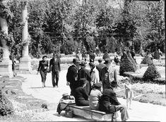 Cișmigiu, 1941 Interwar Period, Little Paris, City People, Bucharest Romania, Interesting Reads, Click Photo, Photos, Pictures, World War Two