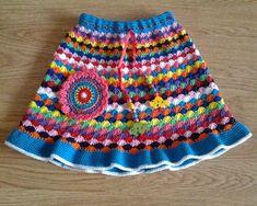 Crochet Knitting Handicraft: Dress For Girl - Diy Crafts Crochet Skirts, Crochet Blouse, Crochet Clothes, Knitting Baby Girl, Baby Knitting Patterns, Baby Skirt, Baby Dress, Crochet Toddler, Crochet Baby