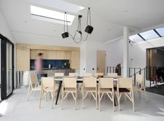 After its Remodeling this Floor Shows Modern Environments and Full of Natural Light