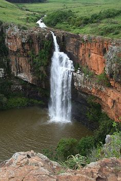 The Berlin Falls is a waterfall in Mpumalanga, South Africa. They are located close to God's Window and the highest waterfall in South Africa's Mpumalanga province, Lisbon Falls. Beautiful Waterfalls, Beautiful Landscapes, Places To Travel, Places To See, Beautiful World, Beautiful Places, Amazing Places, Places Around The World, Around The Worlds