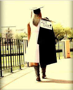 "Graduate, ""I'm Done!"" Photo, Texas State"