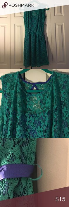 Speechless M green and blue lace dress. Gorgeous green floral lace with blue underlay. Size M (Juniors). Never worn. Slight stretch on belt loop as shown in picture. Speechless Dresses Mini