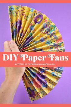 Grab your favorite paper and beat the heat with these super easy DIY Paper Fans. Full tutorial to cut by hand or with a cutting machine! Diy Folding Paper Fans, Diy Paper, Paper Crafting, Ruler Crafts, Craft Stick Crafts, Kid Crafts, Diy Projects To Sell, Diy Crafts To Sell, Craft Projects