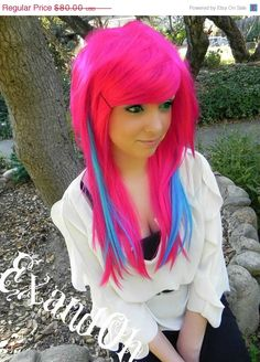 Pink and blue hair <3 MOMMY CAN I HAVE THIS! XD ahah lol