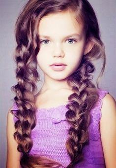 This is going to be my Savannah Belles hair pretty soon! I looooove it!