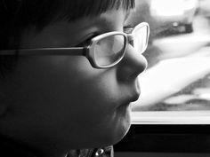 Maud specs by Der Himmel über Bozen, via Flickr