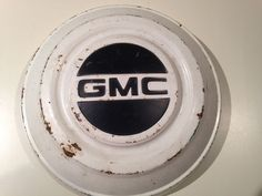 GMC VINTAGE HUB CAP