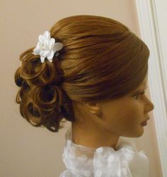 Updo for medium length hair. Wedding hair prom hair Bridal hairstyle