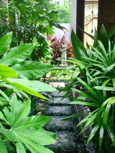 Melisa Dixon's Tropical Balinese Garden in Melbourne