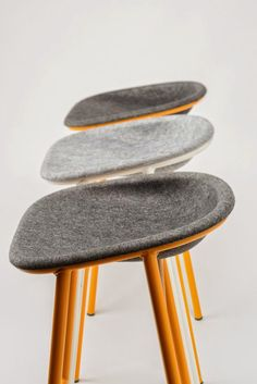 Loving the texture of these stools.
