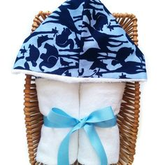 New in our  JollyBundles shop! Organic cotton toddler hooded towel.