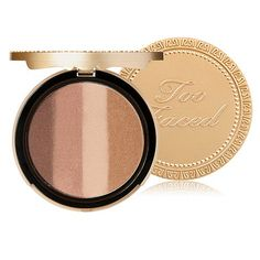 Our deep, illuminating bronzing powder is a silky combination of four rich,sun-kissed bronzers and shimmers that create a perfect, deep summer time tan anywhere, any time of the year.Universal Shades: Perfect for all skin tones to provide a rich, deep tan tone.Multi-use: Easy to apply shades can be used to shape and contour, or to produce an all over rich glow.Paraben free. Apply using Too Faced Bronzebuki
