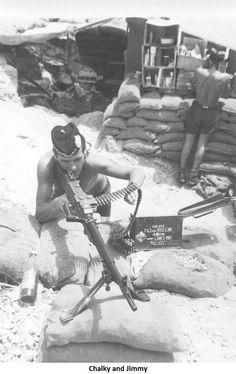 Argyll and Sutherland Highlanders Aden 1967 Military Gear, Military Photos, Military History, Highlands Warrior, Scottish Dress, British Armed Forces, British Army, North Africa, Vietnam War