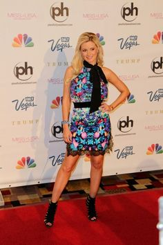 Holly Madison Photos Photos - Red carpet arrivals at the Miss USA Pageant held at the Planet Hollywood Resort  & Casino in Las Vegas on June 16, 2013. Guests included  The Jonas Brothers, Holly Madison, Nene Leakes, Katherine Webb, Olivia Culpo, Donald Trump, Jep and Jessica Robertson, Bettie Paige, Giuliana Rancic, and Drew and Jonathan Scott. - Celebs Arrive for the Miss USA Pageant