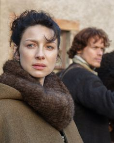 Caitrion Balfe as Claire and Sam Heughan as Jamie in Outlander on Starz via http://www.farfarawaysite.com/section/outlander/gallery1/gallery.htm