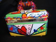 Repurpose suitcases | Vintage Suitcase Repurpose / train case