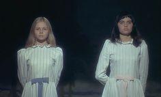 """Eine Szene aus """"Und erlöse uns nicht von dem Bösen"""" Erschienen bei Bildstörung auf DVD.  aka MAIS NE NOUS DÉLIVREZ PAS DU MAL"""