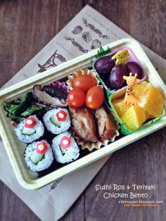 Cuisine Paradise | Singapore Food Blog | Recipes, Reviews And Travel: [Recipes] Quick Lunch Bentos For Kids - Cucumber Roll Bento