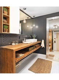Une salle de bain rustique chic - Salle de bain - Inspirations - Décoration et rénovation - Pratico Pratique Wood Bathroom, Bathroom Renos, Laundry In Bathroom, Bathroom Furniture, Bathroom Interior, Bathroom Storage, Vanity Bathroom, Bathroom Ideas, Master Bathroom