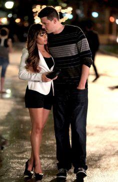 Lea Michele ha expresado su apoyo a su novio Corey Monteith y expresó en twitter sentirse agradecida