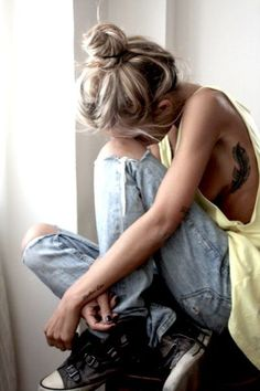 Loving this Cali Tom boy style...    www.junkfoodclothing.com  my tattoo and i wanna go out like this today!