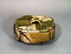 織部蓬莱山文蓋物 - 出光コレクション - 出光美術館