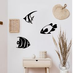 """""""Our 'Fish\"""" metal sign is a modern and stylish wall art piece. It is perfect for decorating your home, or like an original gift! This composition consists of 3 fish, separately fastened to the wall by nails through the holes in the fish. FREE EXPRESS Shipping in USA & Europe! (DHL max. 3-5 days Attention to buyers from Canada and Europe. The price does not include customs duties and import taxes. Buyers are responsible for any customs and import taxes that may apply * Height 65 cm x Horizon Office Wall Decor, Bathroom Wall Decor, Bedroom Wall, Metal Bird Wall Art, 3 Fish, Decorative Panels, Metal Walls, Wall Signs, Decorating Your Home"""