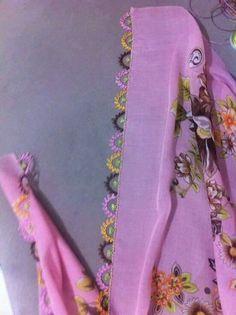 İğne oyası Saree Kuchu Designs, Dress Neck Designs, Needle Lace, Lace Making, Christmas Fun, Needlework, Diy And Crafts, Embroidery, Herbs