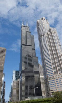 Chicago's iconic buildings
