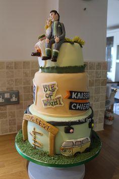 Music festival wedding cake. Isle of Wight. Kaiser Chiefs. VW Campervan